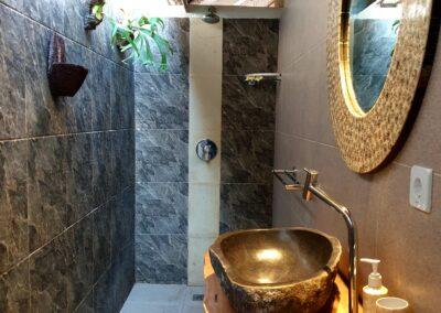 Ensuite Bathroom to main bedroom Villa Sea Spray