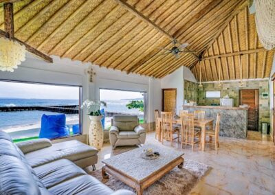 Open Plan and Self Contained on the Ocean